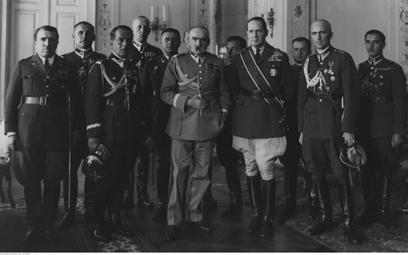 Gen. Douglas MacArthur z wizytą u marszałka Józefa Piłsudskiego w Belwederze (10 września 1932 r.)