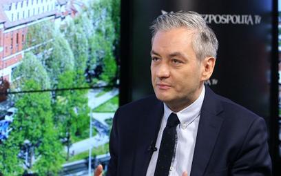 """""""The Guardian"""" o Biedroniu: Nazywają go """"polskim Macronem"""""""