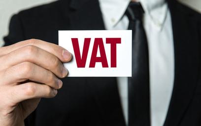 Wpłata na rachunek powierniczy bez VAT
