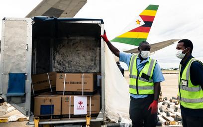 Zimbabwe dostało w prezencie 200 tys. szczepionek z Chin