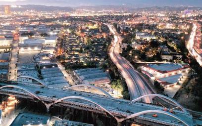 Przebudowa tego wiaduktu w Los Angeles ma być finansowana z pakietu infrastrukturalnego Bidena
