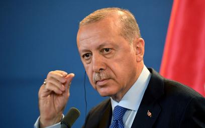 Erdogan tłumaczy Trumpowi: Sądy są niezależne