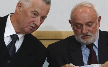 Po skandalu z wyborami samorządowymi do dymisji podali się m.in. przewodniczący PKW Stefan Jaworski