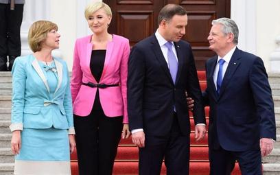 Polska para prezydencka przyjmowana w czwartek w Berlinie przez prezydenta Joachima Gaucka i jego pa