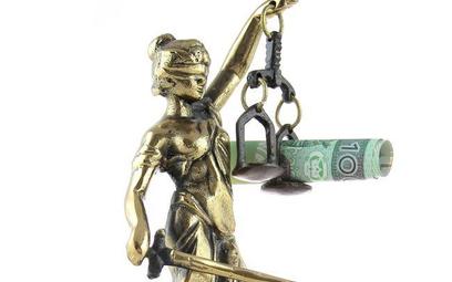 Prokuratorom grozi zwrot pensji po wyroku Sądu Najwyższego