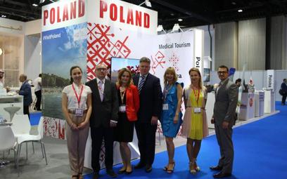 Polskie stoisko odwiedził ambasador RP w Zjednoczonych Emiratach Arabskich Robert Rostek