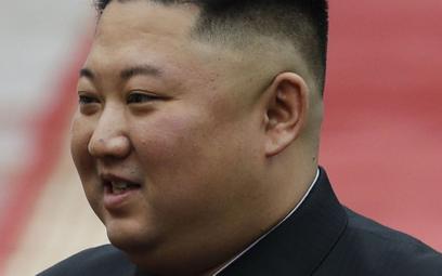 Kim Dzong Un żyje. Pojawił się publicznie