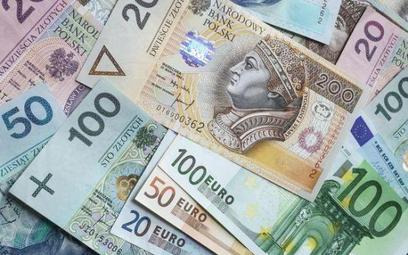 Zwyżkujący złoty hamuje przyrost długu