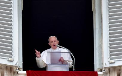 Papież Franciszek przekazał 500 tys. dolarów na pomoc uchodźcom