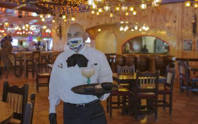 Środek ochronny przeciw wirusom to świetne rozwiązanie dla gastronomii. Restauracja w Huston w Teksa