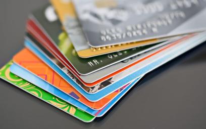 Karty z doładowaniem i bonusami dla firm