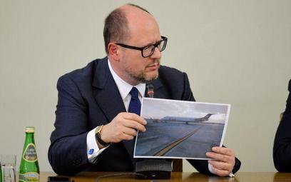 PawełAdamowicz