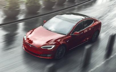 Tesla idzie na rekord