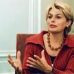 Izabela Jaruga-Nowacka w kuluarach Sejmu, maj 2007 r.