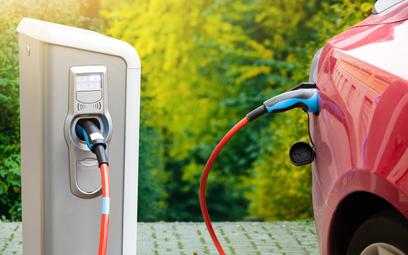 Ładowanie pojazdów elektrycznych bez kasy fiskalnej