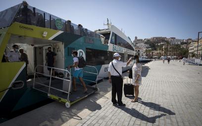Przez kryzys w turystyce hiszpański PKB spadnie o 2,5 procent