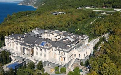 """""""Skromny Włoch"""": kim jest projektant pałacu Putina?"""