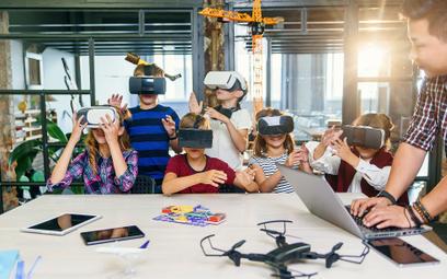 Drukarki 3D i gogle VR w każdej szkole. Rząd daje 300 zł na ucznia