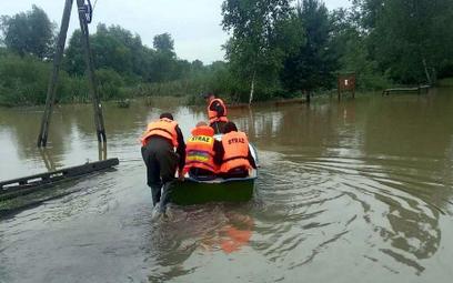 Premier na Podkarpaciu. Dramatyczna sytuacja powodziowa