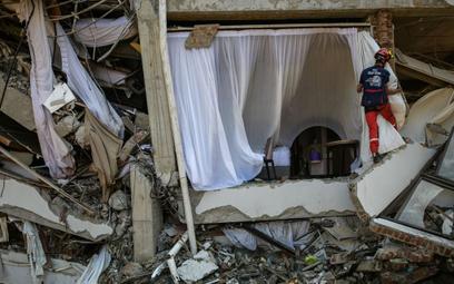 Indonezja po trzęsieniu ziemi: Wojsko będzie strzelać do szabrowników