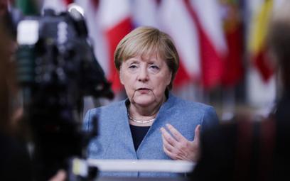 Angela Merkel: Jeśli nie musicie, nie podróżujcie