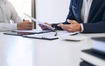 Ubezpieczenie ma m.in. zmotywować członków zarządu do większego zaangażowania w sprawy spółki oraz u