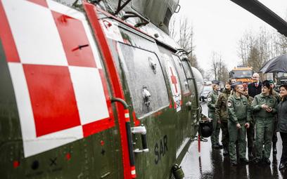 Kozubal: Żołnierze to nie ścianka do robienia zdjęć