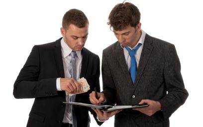 Jak przedsiębiorca uczestniczący w zmowie cenowej może uniknąć kary