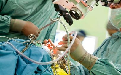 Milowy krok w chirurgii? Polska łatka szybko odbuduje tkankę
