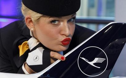 Lufthansa zmienia barwy, bo chce być nowoczesna