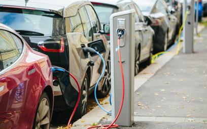 Nowa tura dotacji do aut elektrycznych. Poprzedniej rząd jeszcze nie rozliczył