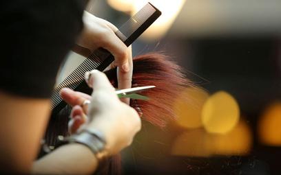 Polski Ład. Rząd może ostrzyc podatkami nawet fryzjerów