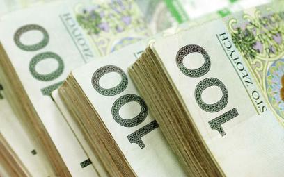 Nigdy wcześniej Polacy nie wypłacili z banków takiej kwoty