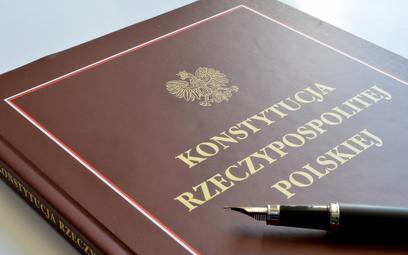Sondaż: Czy należy wprowadzić zmiany w Konstytucji RP