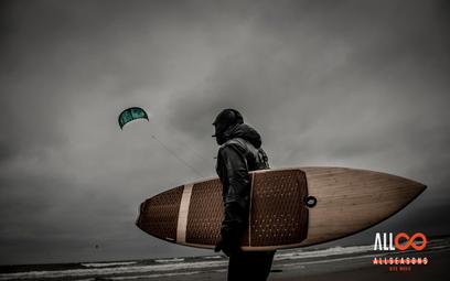 """""""Allseasons"""" to polska superprodukcja o kitesurfingu. Gdzie obejrzeć ten film?"""