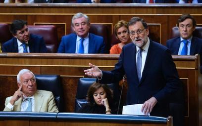 Dotychczasowy premier Mariano Rajoy nie zdobył większości w Kortezach m.in. dlatego, że jest zamiesz