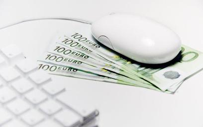 Z ulgi mogą skorzystać nie tylko surfujący w sieci w domu, ale także osoby, które poniosły wydatki n