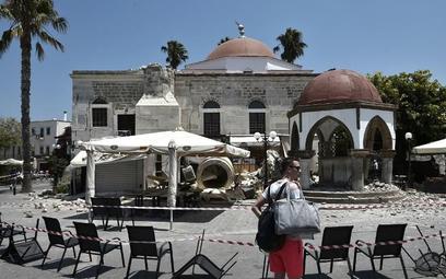 W starej części miasta Kos runął minaret zabytkowego meczetu