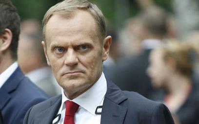 Donald Tusk: Czyste ręce uchronią przed koronawirusem. PiS może nie przetrwać