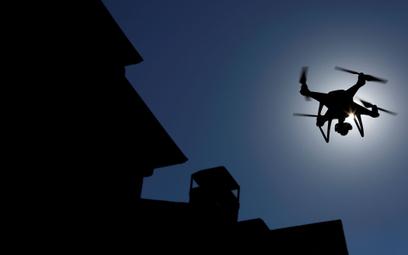 Dron Phantom to przebój chińskiej firmy DJI