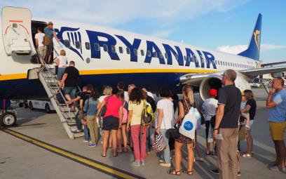 Kolejny skandal Ryanaira. Wypłacił odszkodowania w nieważnych czekach