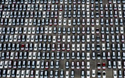PKO BP zaczyna sprzedawać samochody przez internet