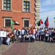 Mieszkający w Polsce Sudańczycy protestują 6 kwietnia na Placu Zamkowym w Warszawie. Adil Abdel Aaat