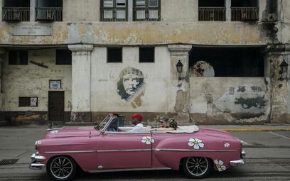 Hawana rozpoczyna reformy: koniec z komunistyczną gospodarką