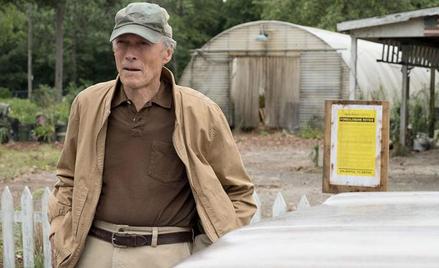 """Clint Eastwood w głównej roli w wyreżyserowanym przez siebie """"Przemytniku"""". Film od piątku na ekrana"""