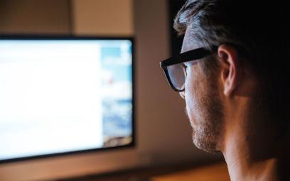 Odejście pracownika do konkurencji - trudno walczyć z podbieraniem specjalistów