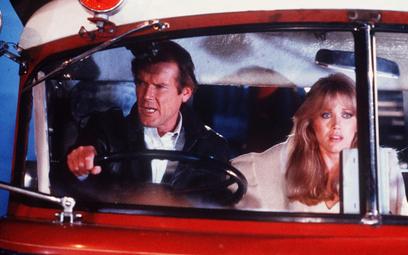 Roger Moore oczami dziewczyny Bonda