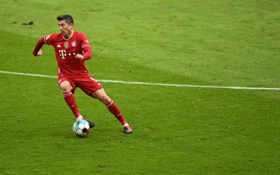 Bundesliga: Lewandowski razy trzy - rekord blisko