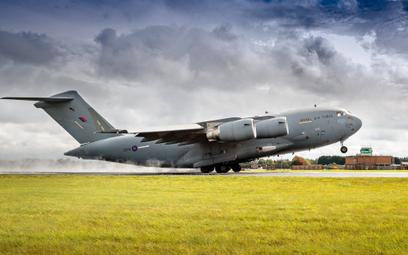 Boeing zmodernizuje brytyjskie samoloty i śmigłowce