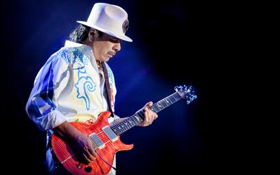"""Carlos Santana (1947) sprzedał ponad 100 mln albumów. Jego najnowsza płyta """"Blessings and Miracles"""""""